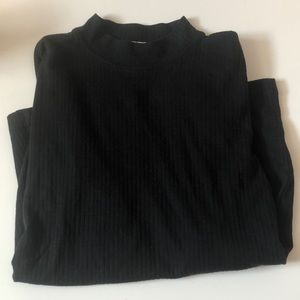 Ribbed Mock Neck Long Sleeve